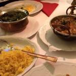 Pulao Reis zu Bhoona Chicken und Lamm Karahi