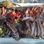 Auf Eis gelegt: Fische und Meerestiere warten auf hungrige Esser.